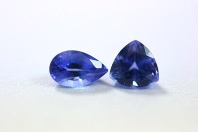 Blue sapphire Pear And trillion